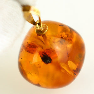 Amber K18 Gold Pendant Top 1.6 x 1.7 cm 0.63 x 0.67 inches