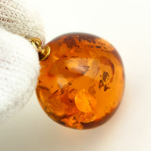 Load image into Gallery viewer, Amber K18 Gold Pendant Top 1.6 x 1.7 cm 0.63 x 0.67 inches
