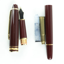 Load image into Gallery viewer, MONTBLANC MEISTERSTUCK CLASSIQUE 144 Fountain Pen Burgundy 14K 585 Two-tone Nib