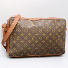 Load image into Gallery viewer, LOUIS VUITTON SAC BANDOULIERE 35 Crossbody Shoulder Bag Purse Monogram No.182 Brown