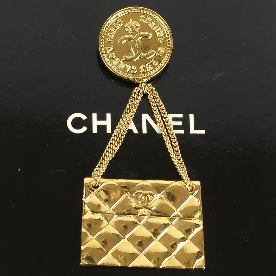 CHANEL Vintage Matelasse Quilted Chain Bag Coin Brooch Pin Gold Tone with Box