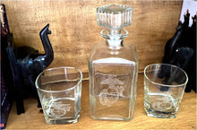 Load image into Gallery viewer, JD Decanter Set - 1L Marine decanter with 2 marine rocks glasses
