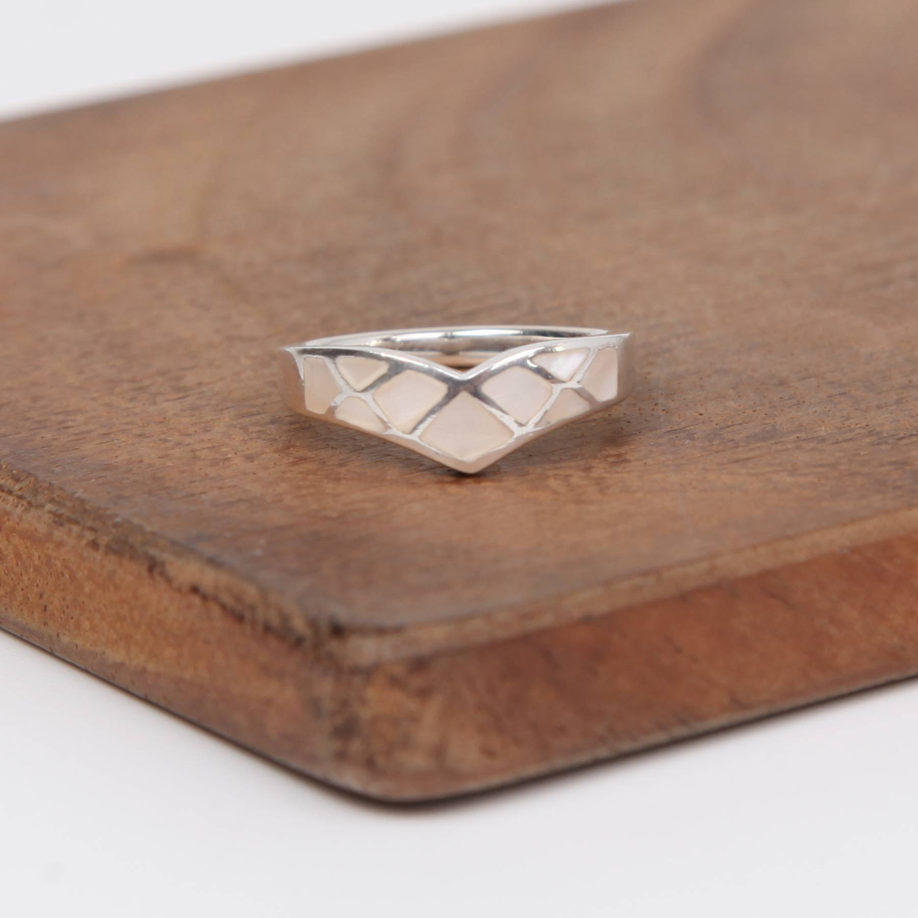 Pointed Sterling Silver Ring with Mother of Pearl