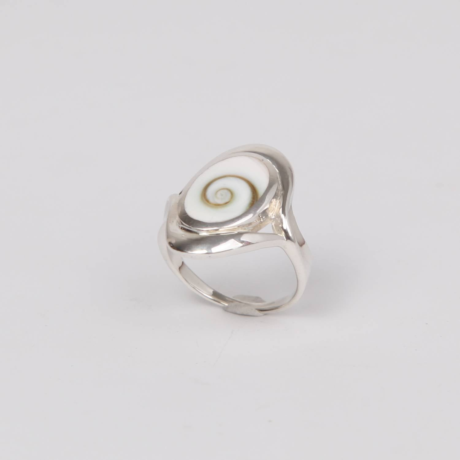 Oval Sterling Silver ring with Shiva Eye Shell
