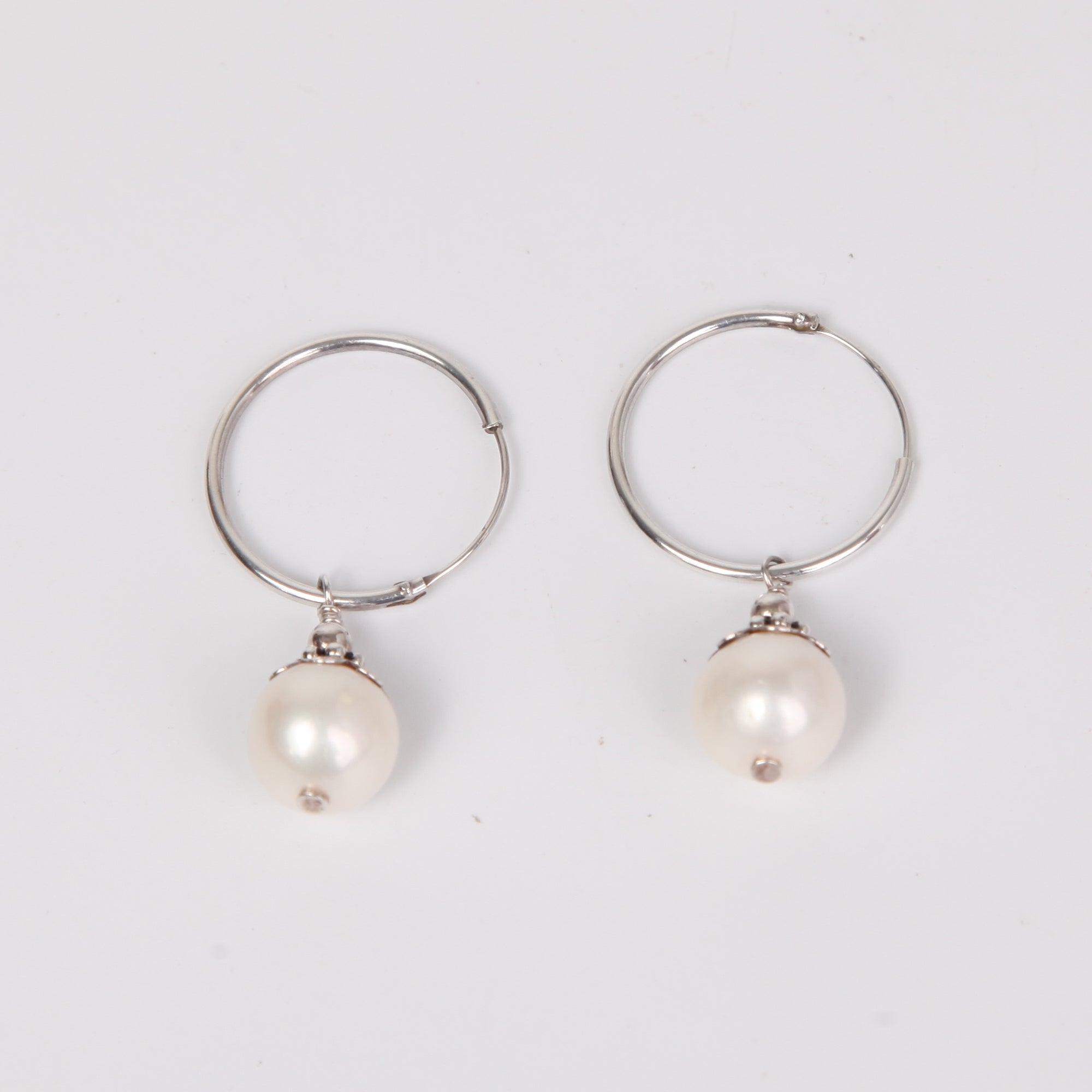 Circle Sterling Silver Earrings with Fresh Water Pearl
