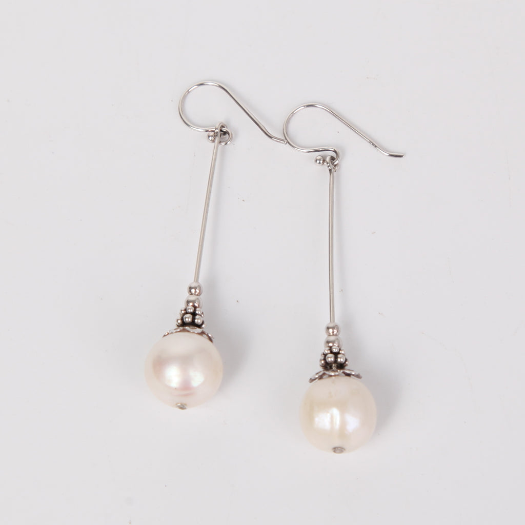 Sterling Silver Earring with Single Fresh Water Pearl