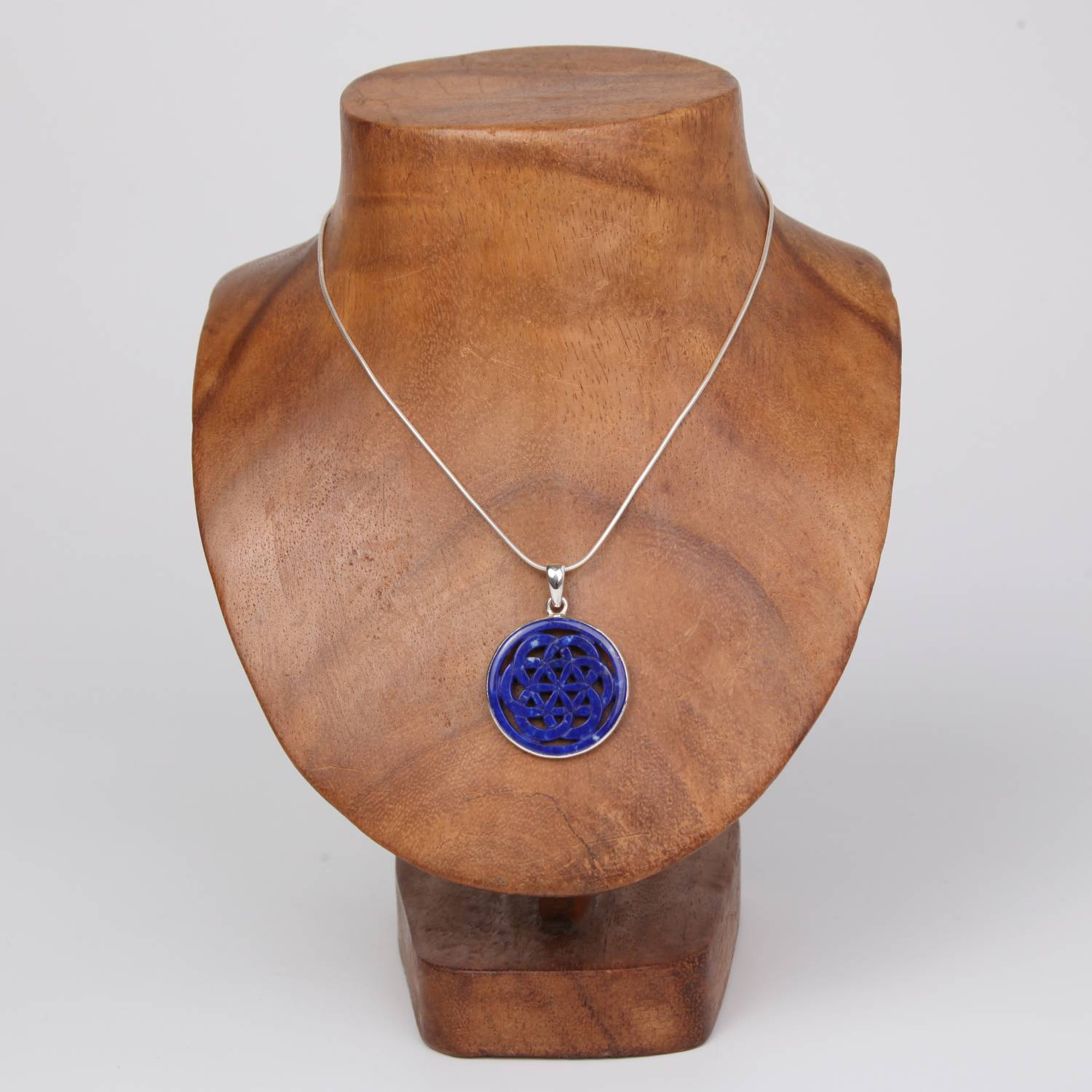 Sterling Silver Pendant with Lapis Lazuli (Flower of Life)