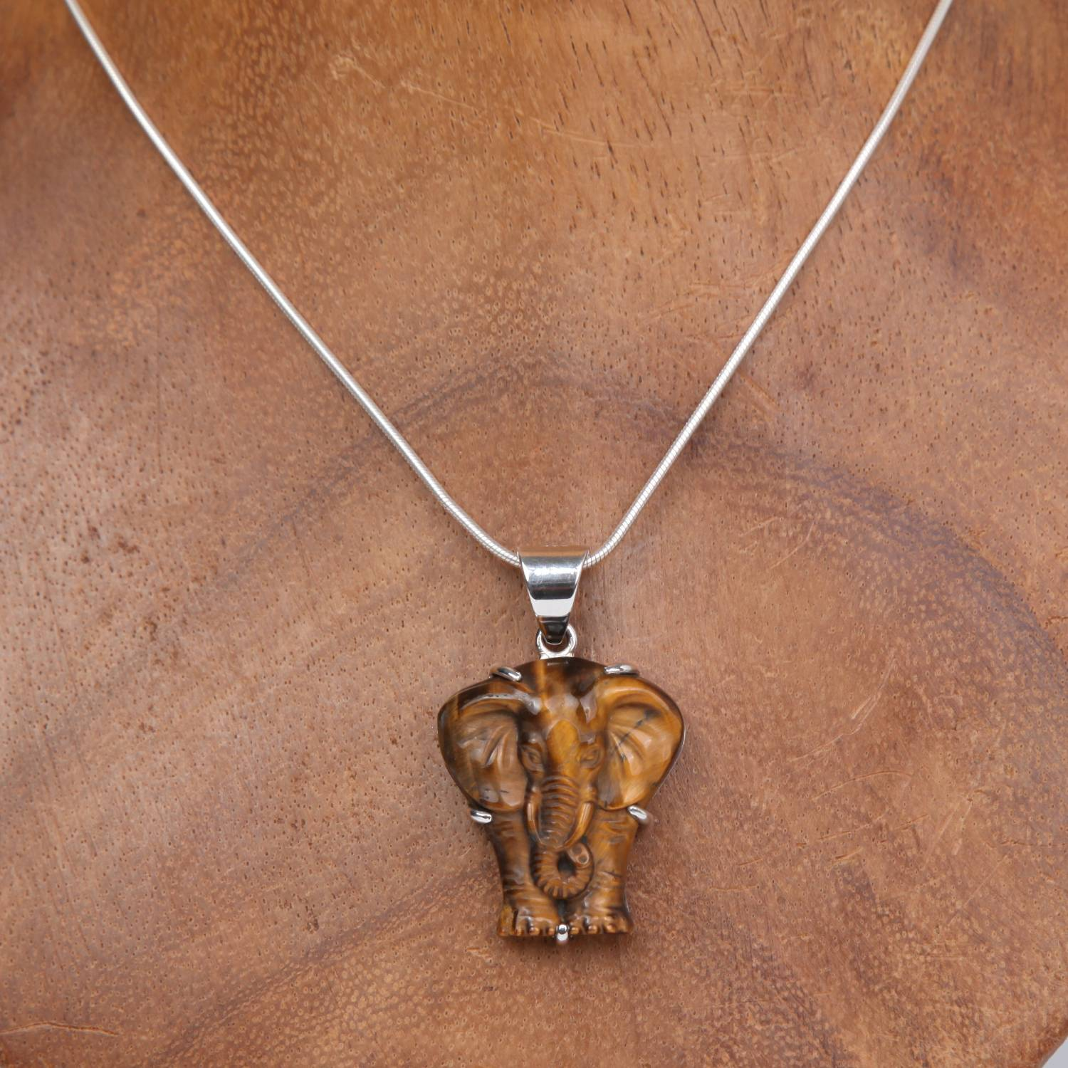 Sterling Silver Pendant with Tiger's Eye (Elephant curved)