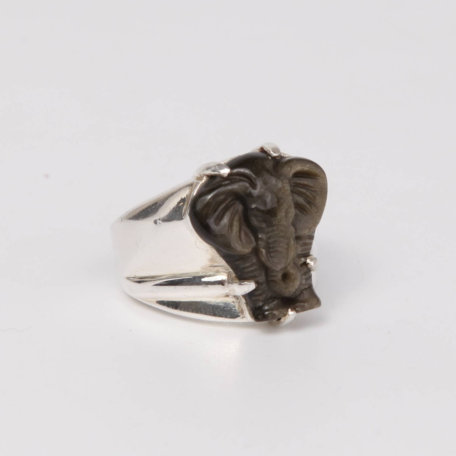 Sterling Silver Ring with Obsidian (Elephant curved)