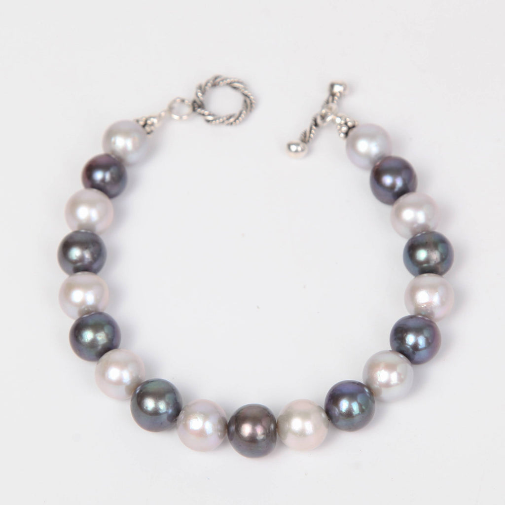 Two Toned Fresh Water Pearls Bracelet with Sterling Silver