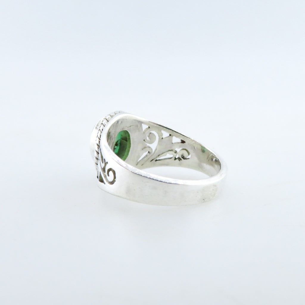 Sterling Silver Ring with Chrysoprase