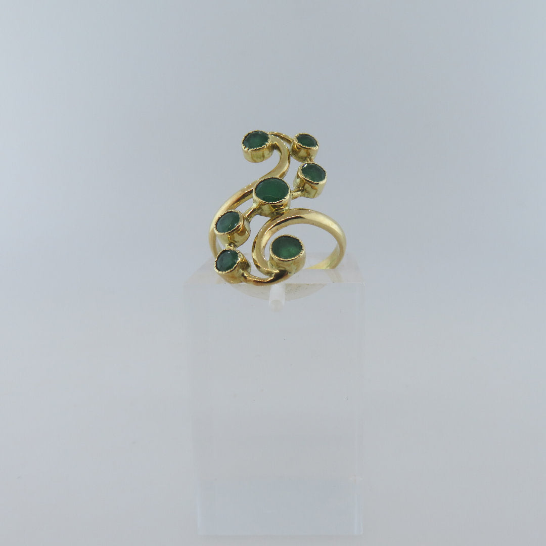 18K Gold Ring with Emerald