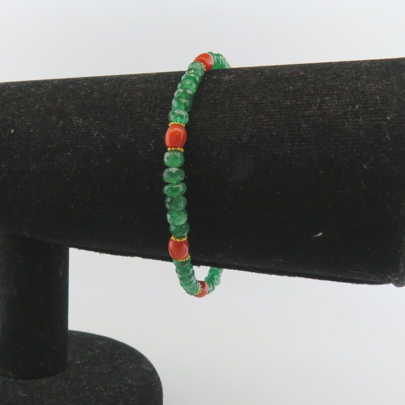 Emerald 18K Gold Bracelet with Red Coral