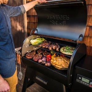 Traeger IRONWOOD SERIES 885 WOOD PELLET GRILL