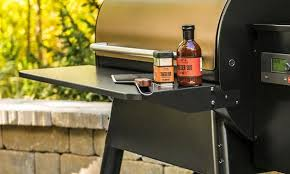 Traeger Ironwood 650 - Folding Front Shelf