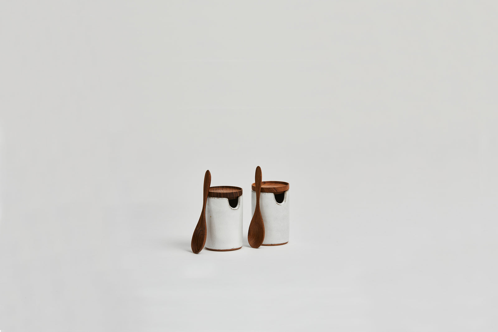 Salim Salt & Pepper Set Brushed White
