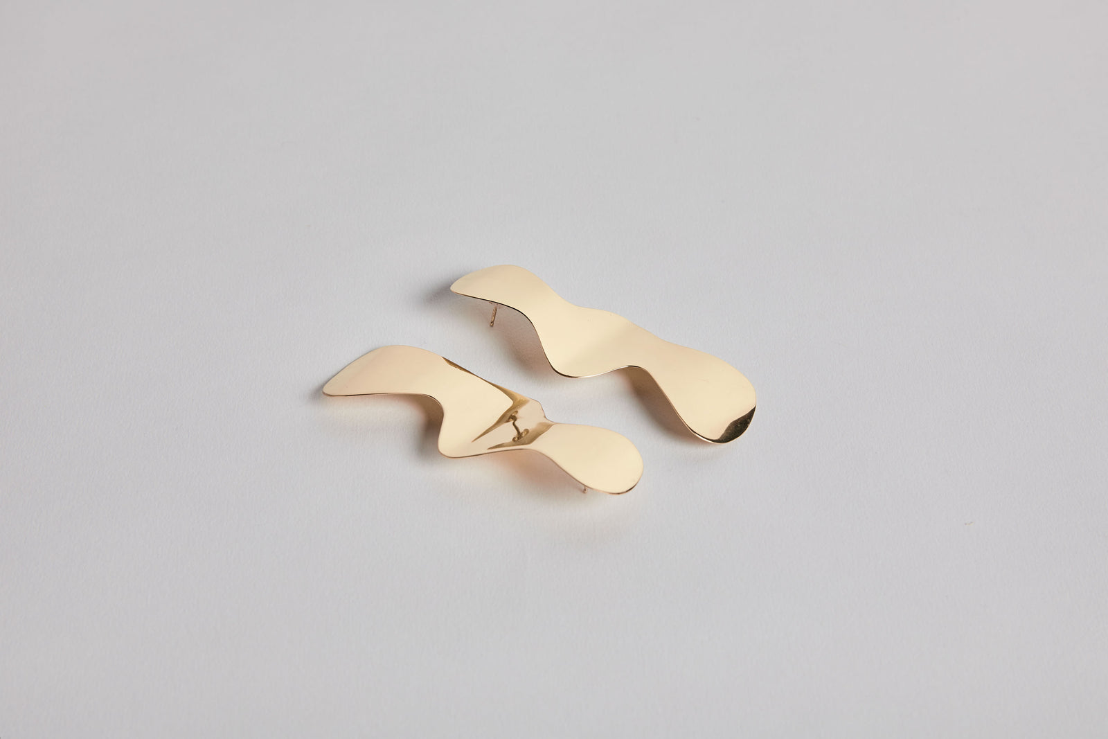 Fold & Flow Earrings Brass