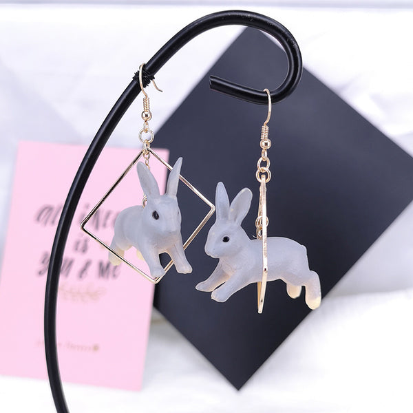 'Run Bun Run' Earrings - WaterRabbit.Co