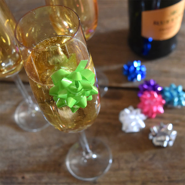 DIY Gift Bow Drink Markers