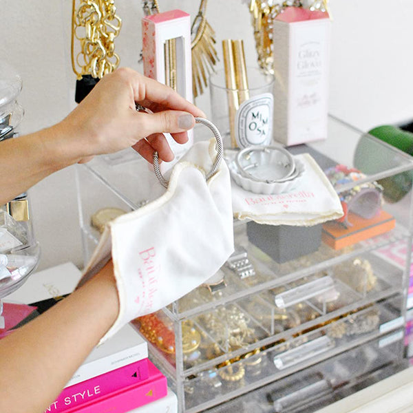 Glitzy Glove Jewelry Polishing Cloth