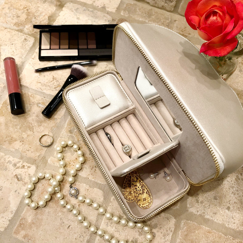 Abby Travel Kit- Pearl White