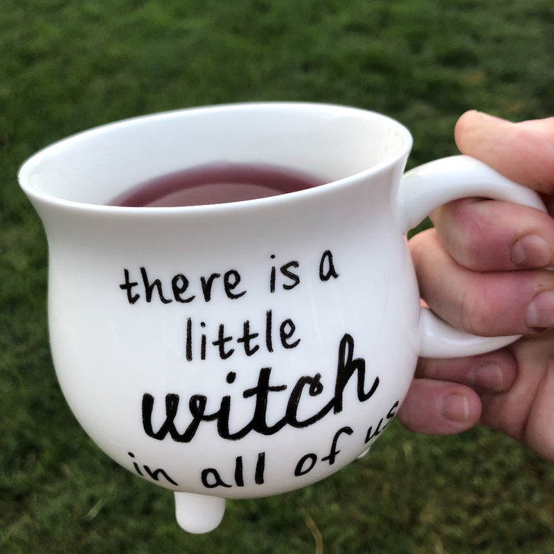 witch cauldron mug on barquegifts.com