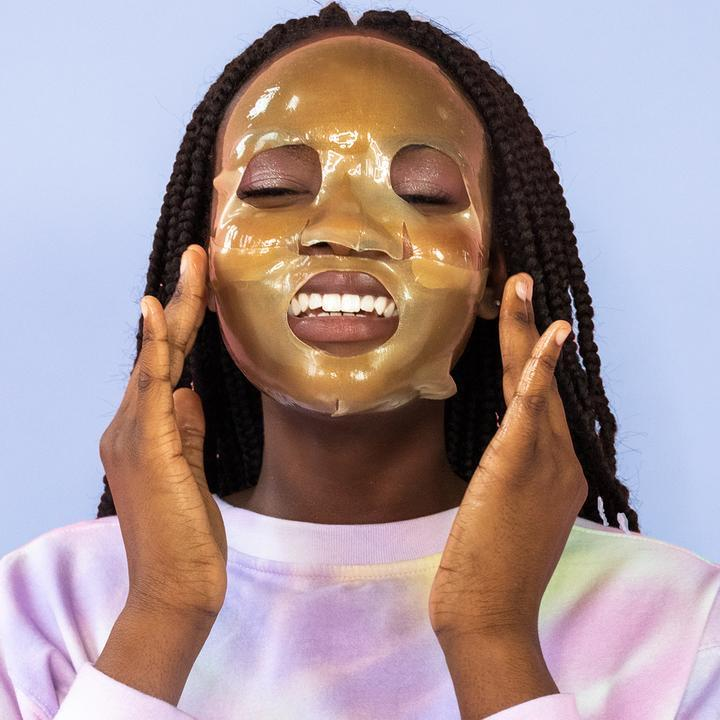 She Shines Brightly Brightening Face Mask
