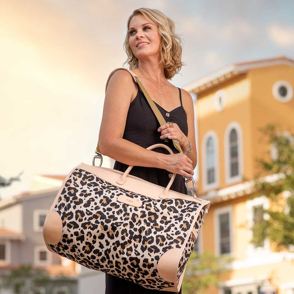 leopard jon hart southtown bag on barquegifts.com