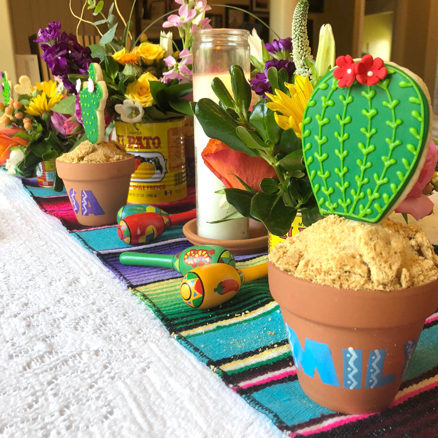 Fiesta Table Decorations on barquegifts.com