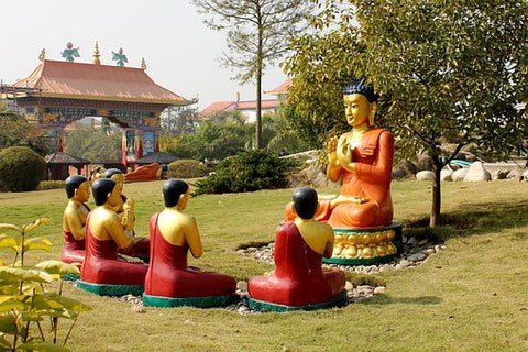 Buddha teaching his  pupils  (stock photo)