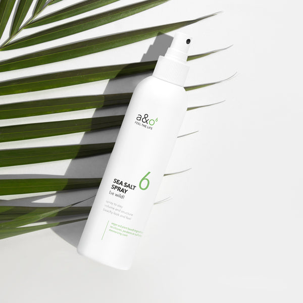 "Das a&o be wild! Sea Salt Spray mit wertvollen Mineralien und Spurenelementen verleiht dem Haar ""the perfect beach look"". Textur, Locken und Volumen wie nach einem Tag am Meer."