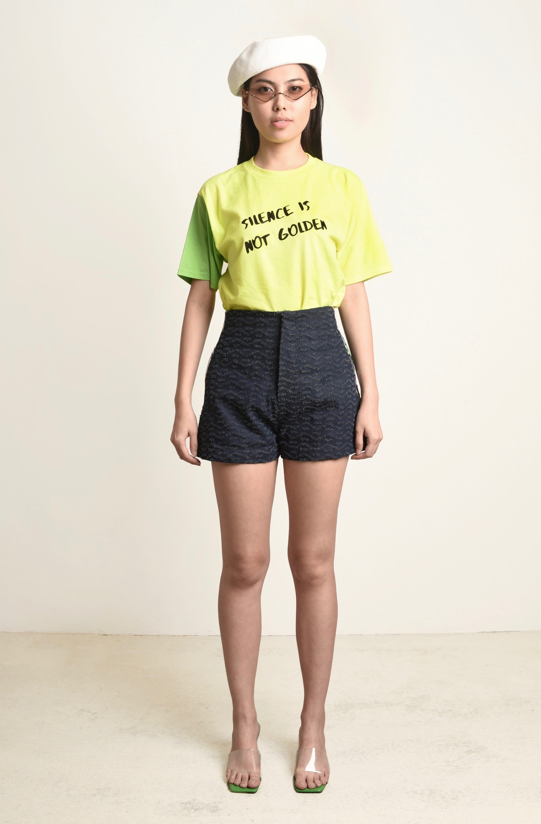 English Slogan Colorblock T-Shirt With Embroidery Logo