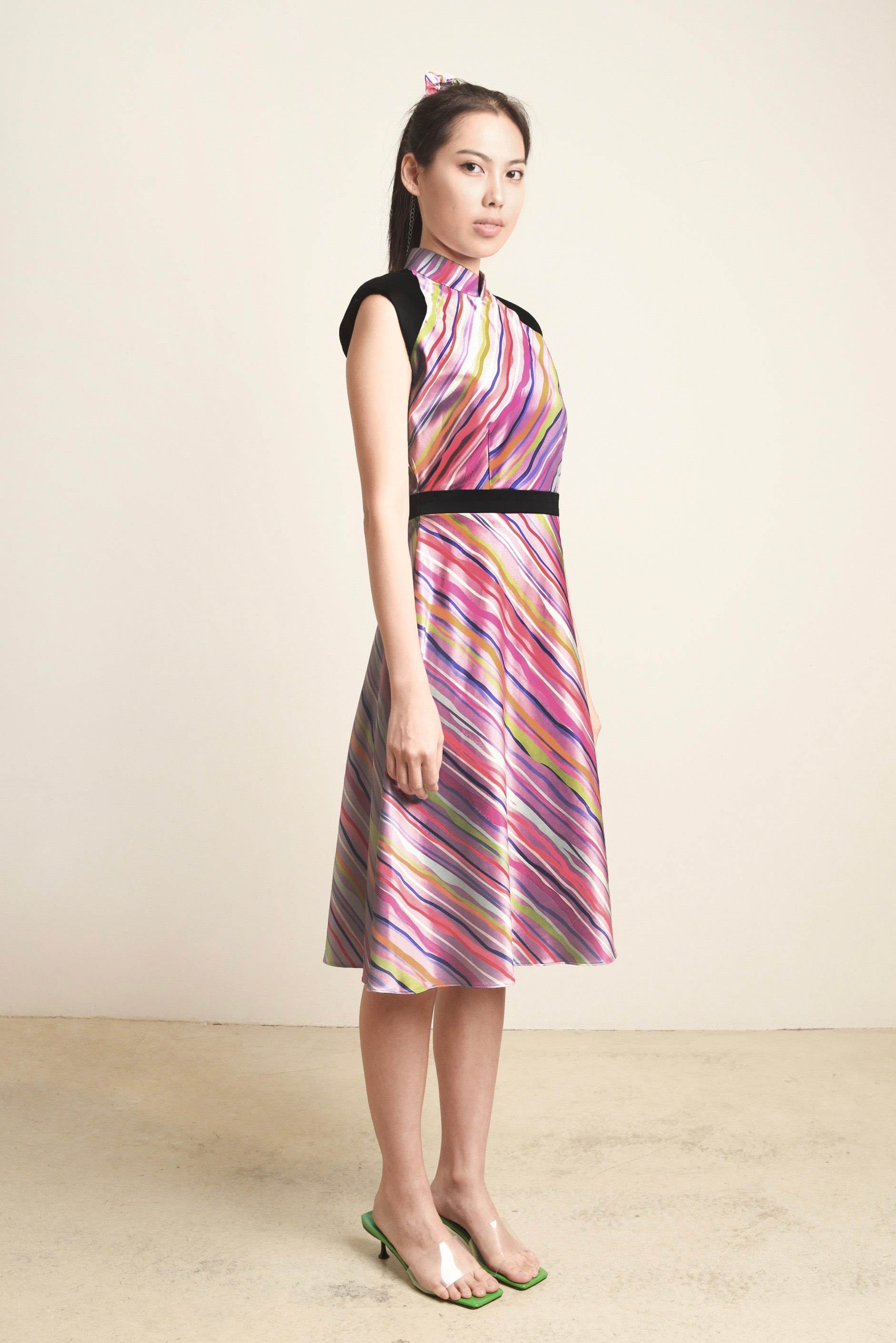 ( PRE-ORDER ) Adele Slanted Stripes Broad Shoulder Dress