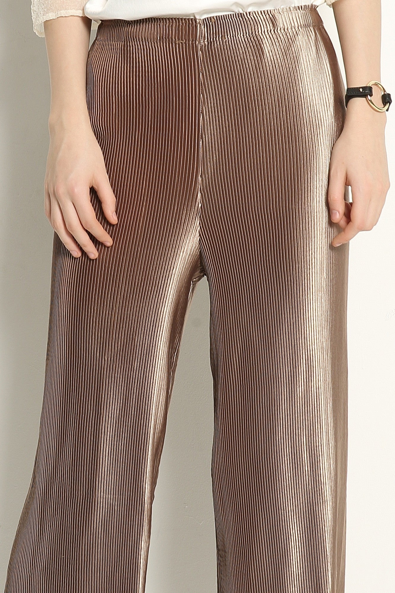 Metallic Pleat Trousers - GlanceZ   - 6