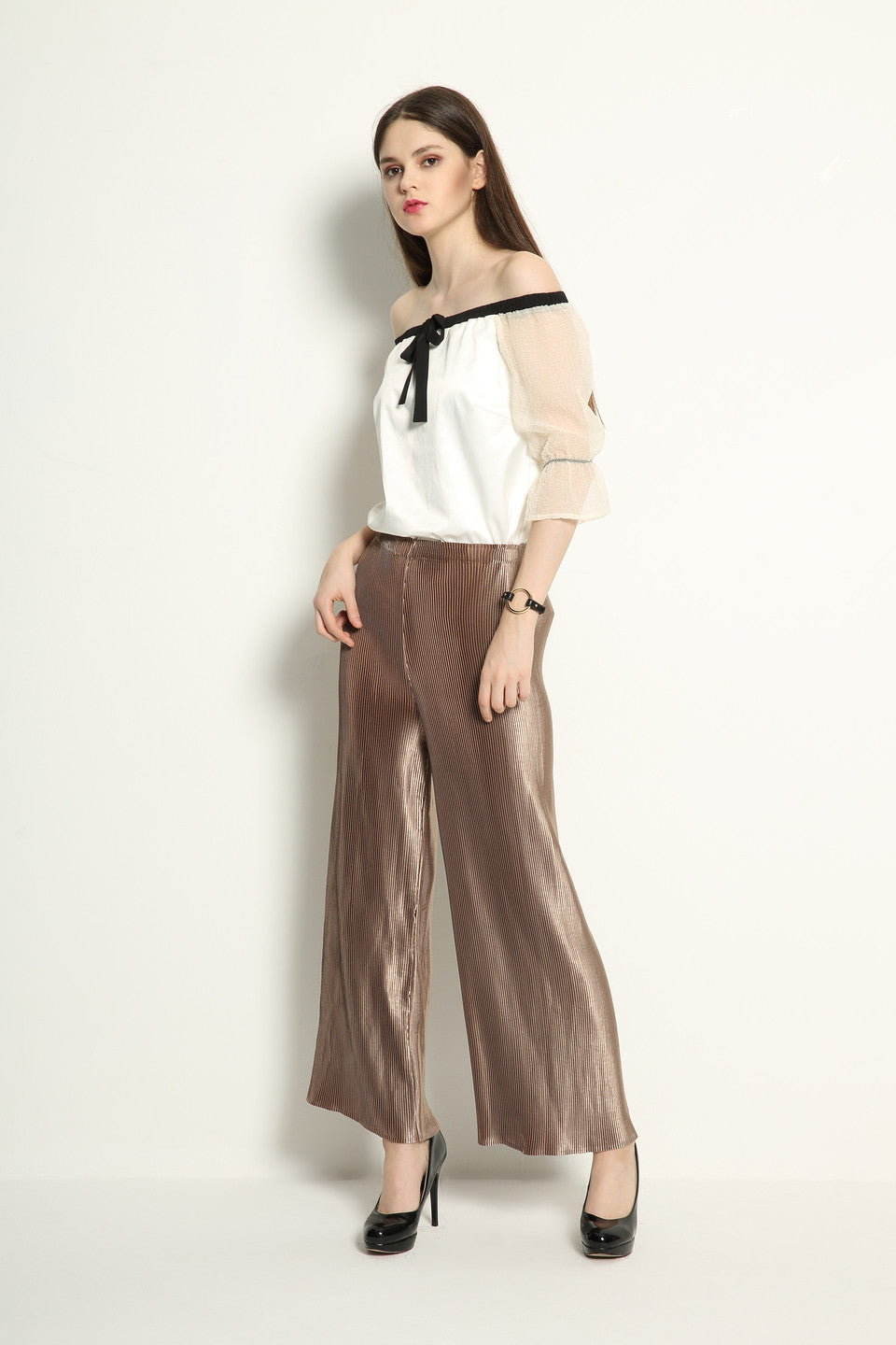 Metallic Pleat Trousers - GlanceZ   - 2