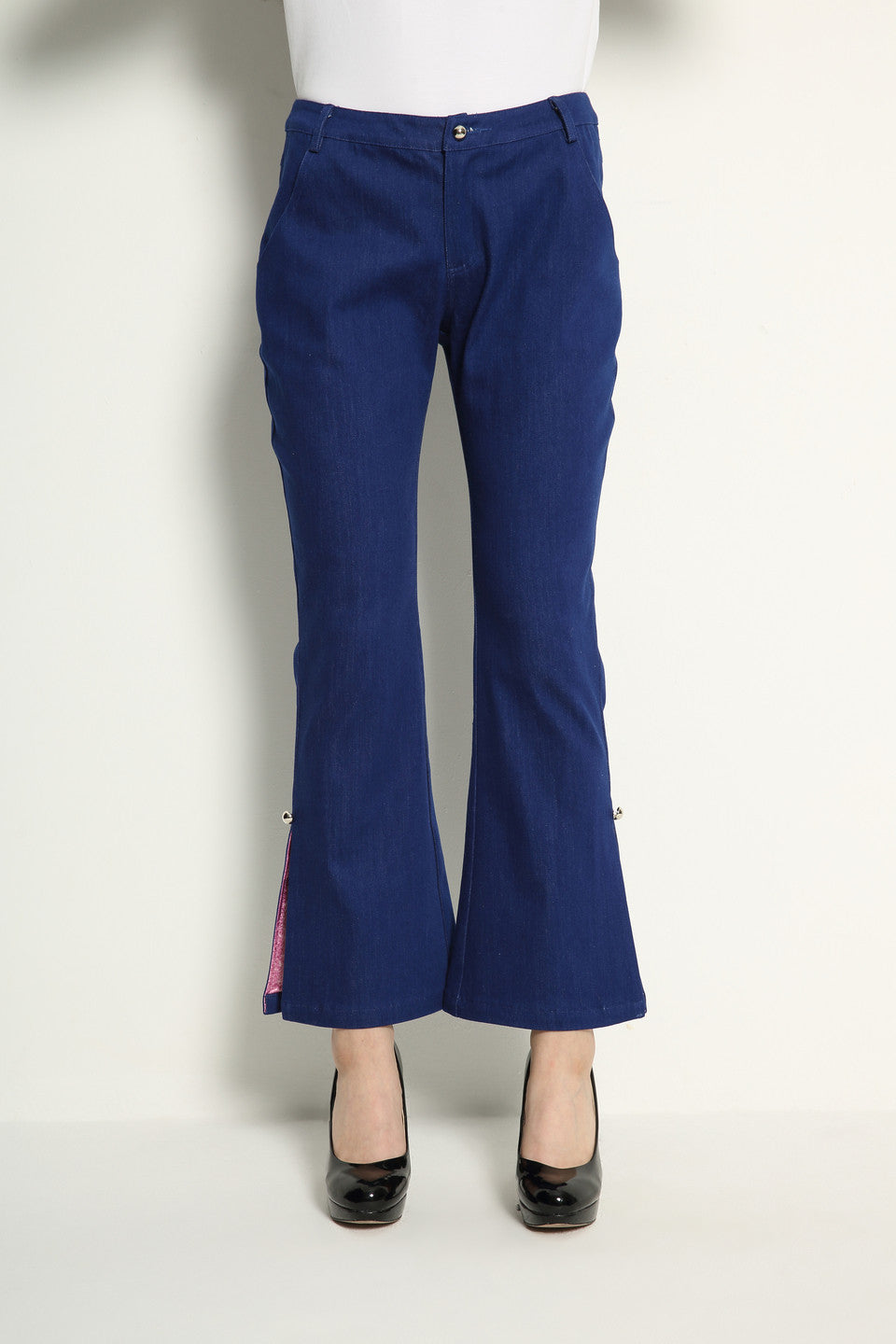 Slit Flare Jeans With Color Lining - GlanceZ   - 4