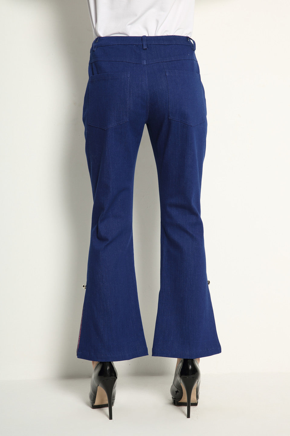 Slit Flare Jeans With Color Lining - GlanceZ   - 6