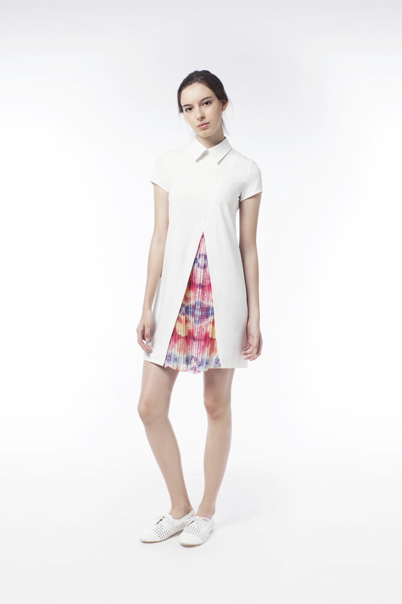 Discrete Print Pleat Dress - GlanceZ   - 1
