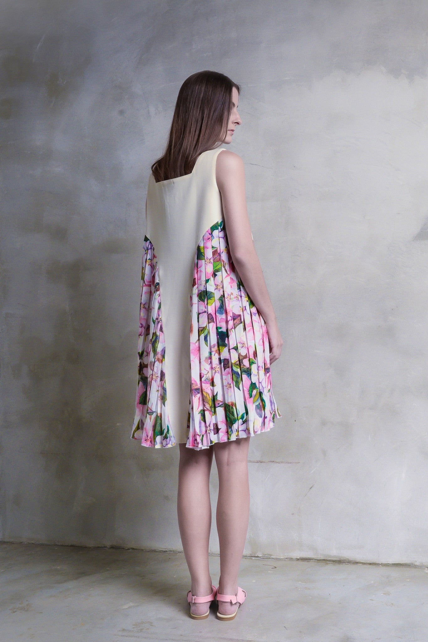 Sakura Pleat Dress - GlanceZ   - 3