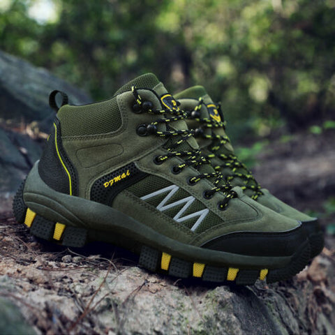 Sports shoes - hiking shoes