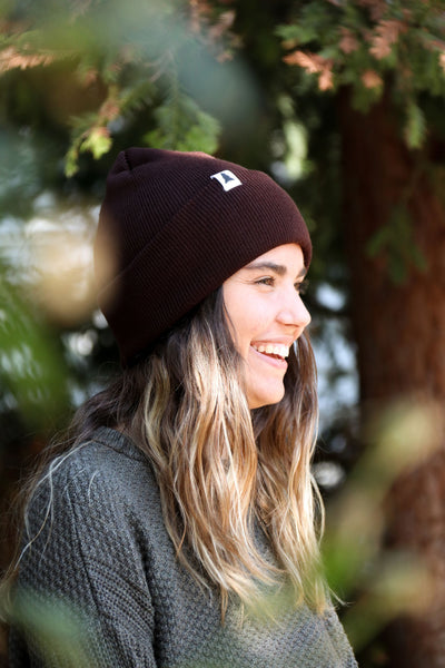 Pine tree label beanie - Brown