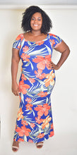 Load image into Gallery viewer, Floral plus size dress - Modestapparels