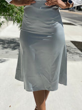 Load image into Gallery viewer, Satin skirt 1 - Modestapparels