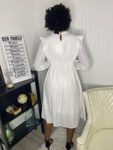 Load image into Gallery viewer, White vintage dress - Modestapparels