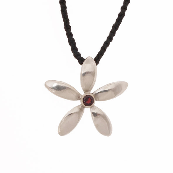 Jewellery NZ | Jasmine Silver Flower Necklace | Redmanuka