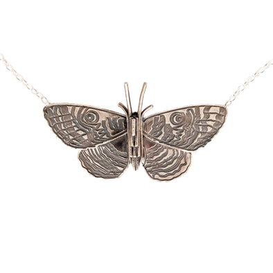 Jewellery nz | Purere Parangunu Peacock Moth Silver Necklace | Redmanuka