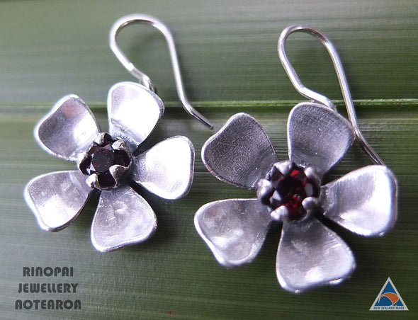 Red Mānuka Sterling Silver Flower Earrings by Martyn Milligan Rinopai Golden Bay