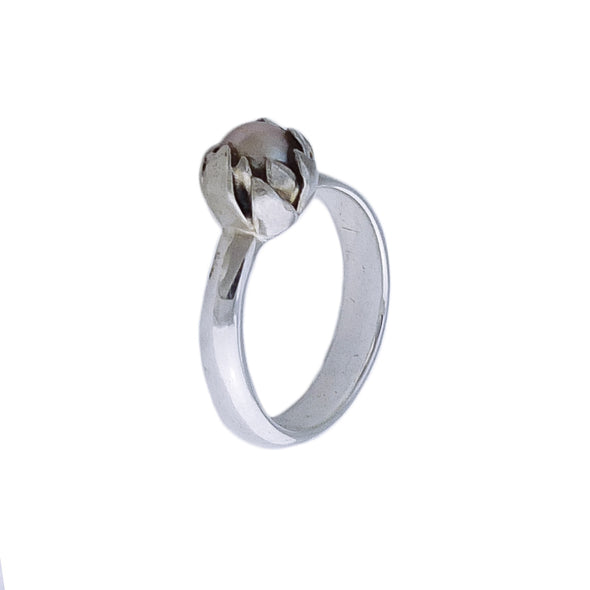 Front view of Silver Akoya Pearl Ring | Redmanuka | nz jewellery