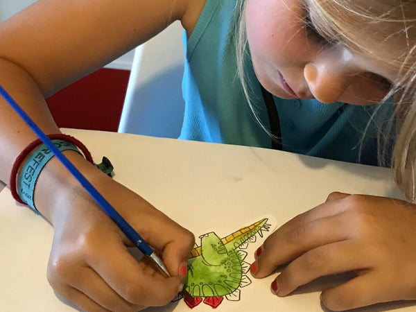Raaaaaawrsome Class : Creating Your Own Special Dinosaur Book