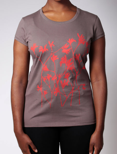 Kangaroo Paw | women's short sleeve, red print on brown